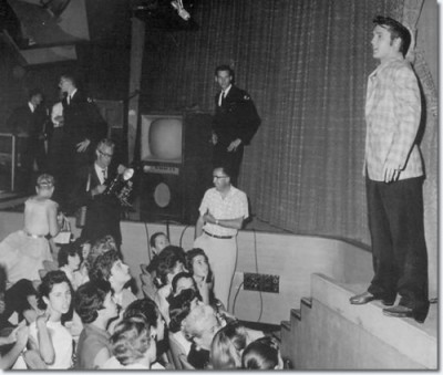 1956-september-9-ed-sullivan-show-rehearsals-with-fans