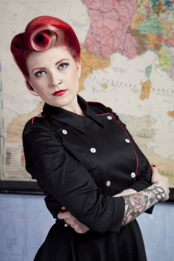 Photo: Crashdoor productions, Model: Victory Vintage Model, Hair:Diamant Dia, Make-up: Bácsi-Czédli Krisztina, dress: TiCCi Rockabilly Clothing